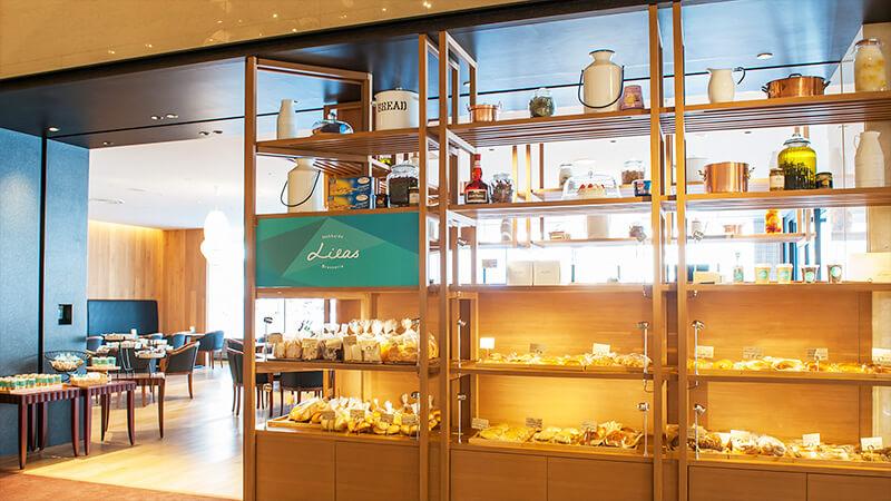 ブラッスリー リラの店内写真「商品ケース」